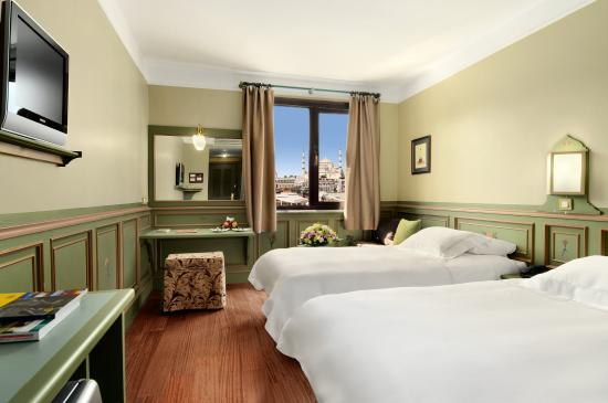 Armada Istanbul Old City Hotel: Superior Room with Blue Mosque view