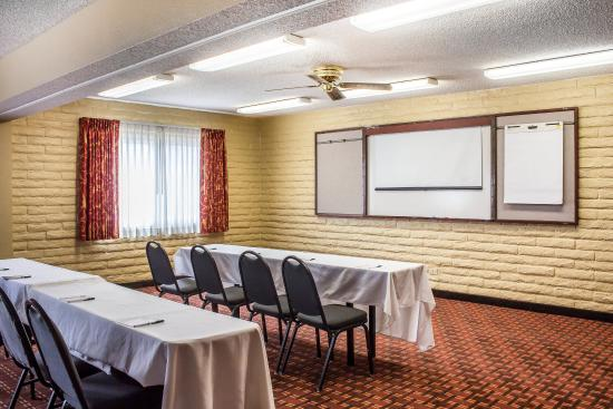 Quality Hotel Americana Nogales: Conference Room