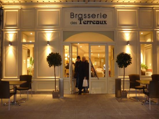 Very Good Restaurant In Main Square Brasserie Des Terreaux Belley