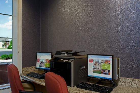Residence Inn Toledo Maumee: Business Center