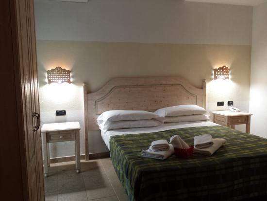 Pausania Inn: Camera superior