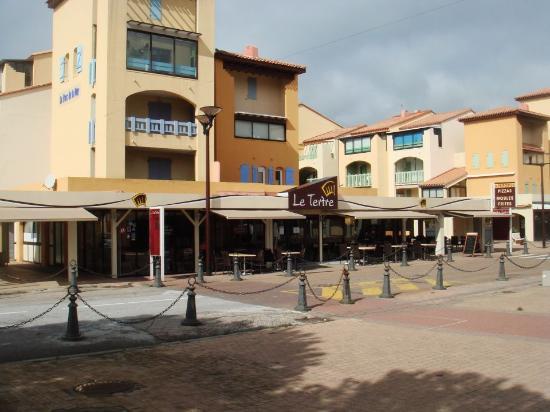 Restaurants Du Barcares Place Du Tertre