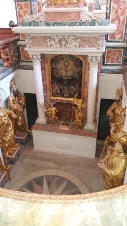 Abbaye de Stams: Caveau royal