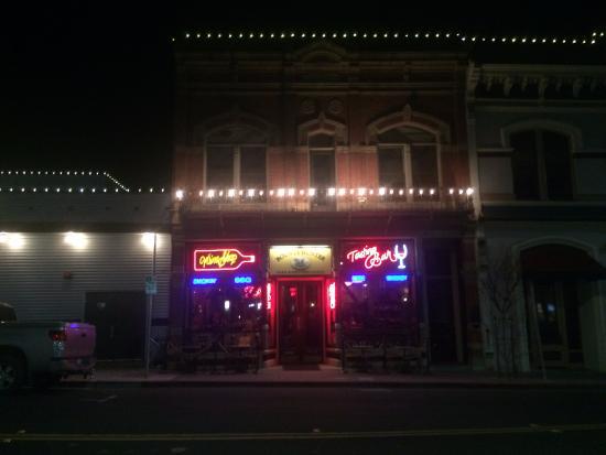 Bounty Hunter Wine Bar & Smokin' BBQ : Foto da fachada