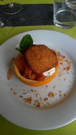 Castelnau-de-Medoc, Frankrijk: Entrée plat dessert café 13,90€
