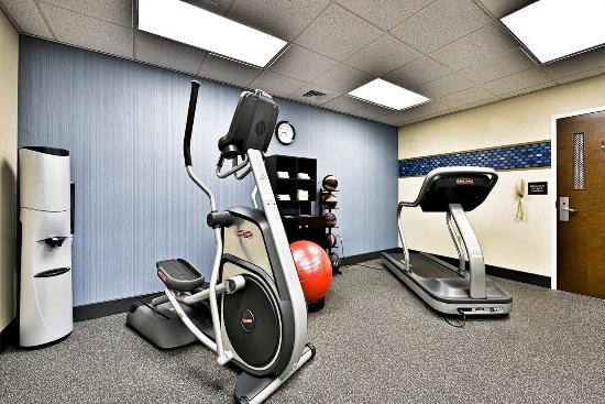 Hampton Inn Saco / Biddeford: Fitness Center