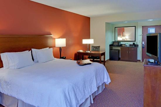 Fishersville, VA: Standard King Room
