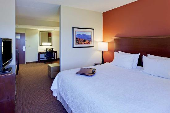 Hampton Inn Waynesboro / Stuarts Draft: King Suite