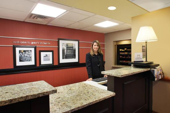 Port Saint Lucie, FL: Front Desk