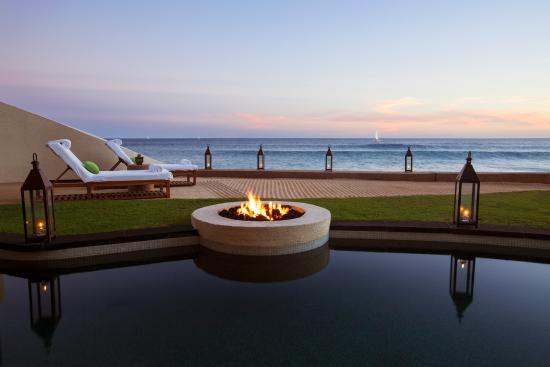 The Resort at Pedregal: Beachfront Suite