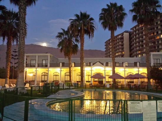 Hotel Granaderos