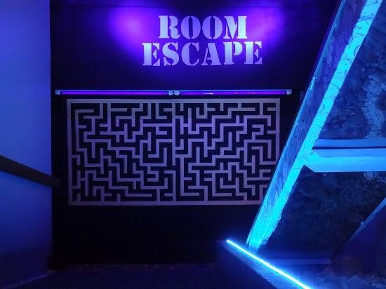 ‪Room Escape Ecuador‬