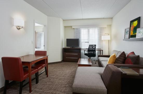 Residence Inn Chicago Schaumburg Woodfield Mall 166 2 9 4 Updated 2018 Prices Hotel