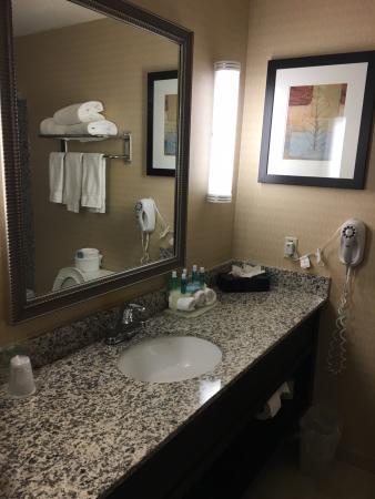 closet picture of holiday inn express hotel suites detroit novi rh tripadvisor com