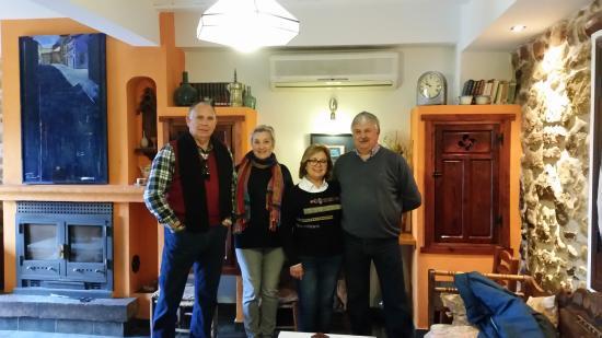 Chiclana de Segura, Spain: Jesús, Elvira, María y Bernabé la Casa Grande os está esperando de nuevo