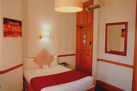 The Cambridge Hotel: Single Ensuite
