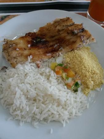 Tambaqui Mania : Fui no almoço, não estava lotado, mas o tempo de espera foi de quase 40 minutos. O peixe estava