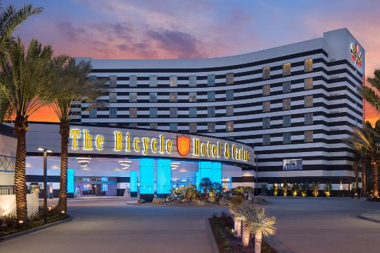 Bell Gardens, CA: The Bicycle Hotel & Casino