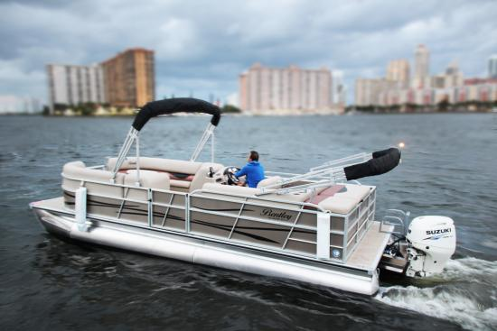 Miami Pontoon Boat Rentals Picture Of Miami Party Boat