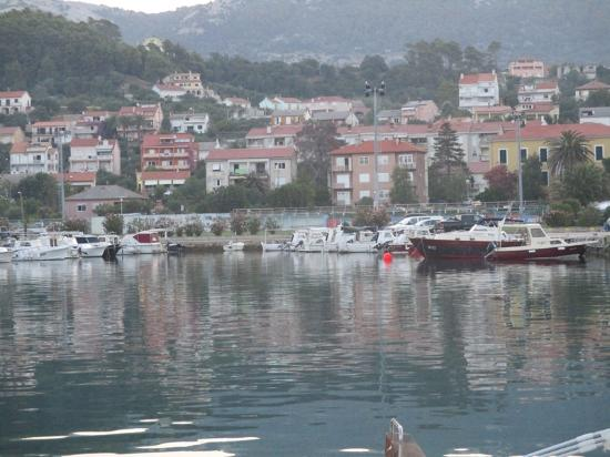 Rab Town, Kroatien: 広場からの景色です