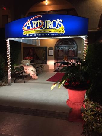Arturo S Italian Restaurant Photo