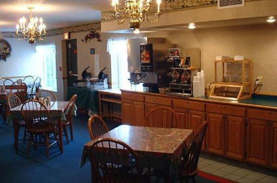 Country Inn & Suites By Carlson, Alexandria: Breakfast Room