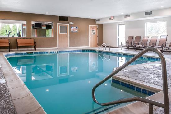 booking comfort comforter suites candlewood indiana in hotel com elkhart us