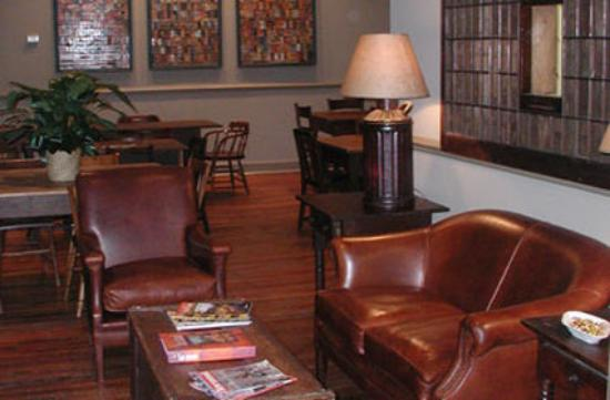 Riverwalk Vista: Lobby