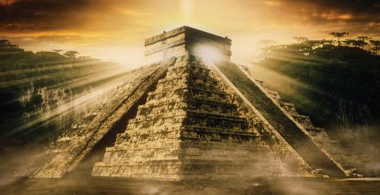 Abbotsford, Висконсин: using a pyramid as a symbol of the Mexican culture