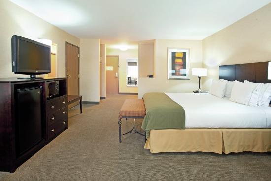 Nogales, AZ: King Bed Guest Room