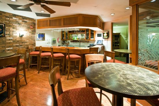 Port Saint Lucie, FL: Bar and Lounge