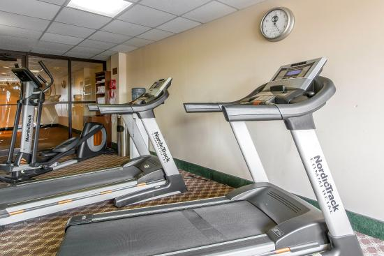 Clarion Hotel and Convention Center: Fitness center