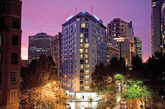 Wyndham Sydney Suites Hotel