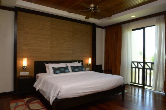 Ocean Dream Beach Resort U0026 Villas: Master Bedroom At Spa Suites
