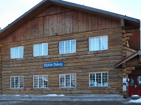 Alpine Bakery: Exterior of the building.