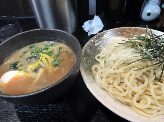 Menyaaoyama: つけ麺(こってり)