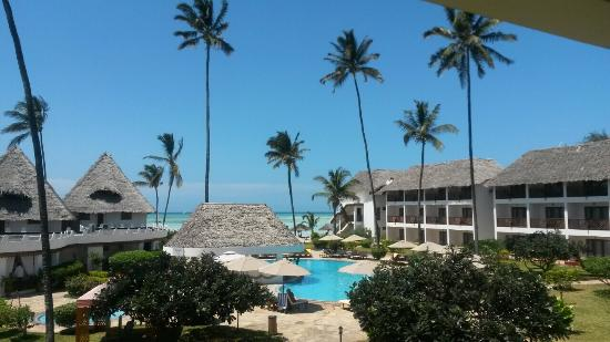 DoubleTree by Hilton Resort Zanzibar - Nungwi: how double tree exactly look like ! 100% photos take from my iPhone :-)