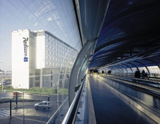 ラディソン SAS ホテル マンチェスター エアポート