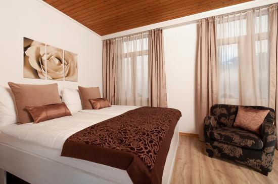 hotel garni rosengartli zimmer 4 beige rose - Zimmer Beige