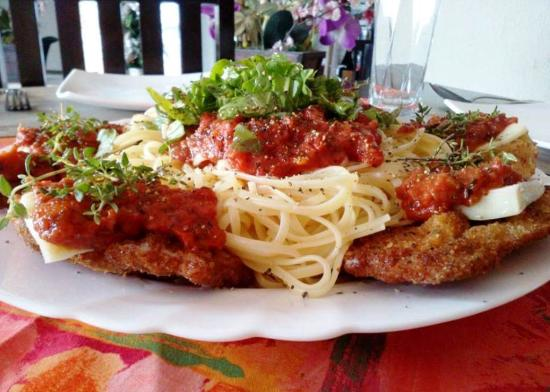 "Swiss Italian Restaurant Cebu: Bistecca ""Don"" Alfredo"