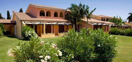 Soggiornare in Sardegna - Picture of Lantana Resort Hotel ...