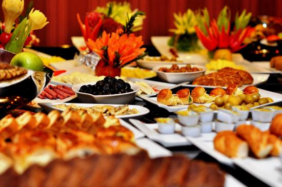 breakfast buffet picture of hotel perula istanbul tripadvisor rh tripadvisor com