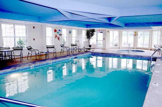 Kingston, RI: Indoor Pool