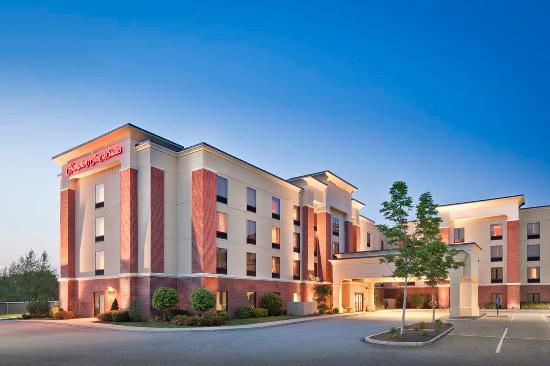 Hampton Inn Amp Suites Providence Smithfield Smithfield