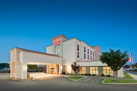 Hampton Inn & Suites New Haven-South-West Haven