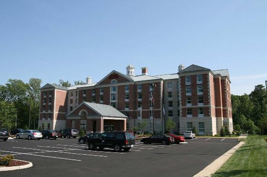 Photo of Hampton Inn & Suites Williamsburg-Central