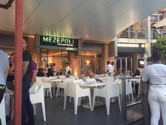 Mezepoli Meze Wine and Bar : View from our table