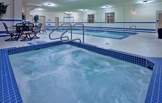 Holiday Inn Suites Kamloops