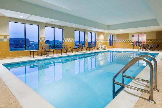 Hampton Inn and Suites Peoria at Grand Prairie: Pool
