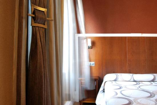 Photo of Bed and Breakfast Hotel Posada de la Cal at Ctra. N-401 Km.103, Orgaz 45450, Spain